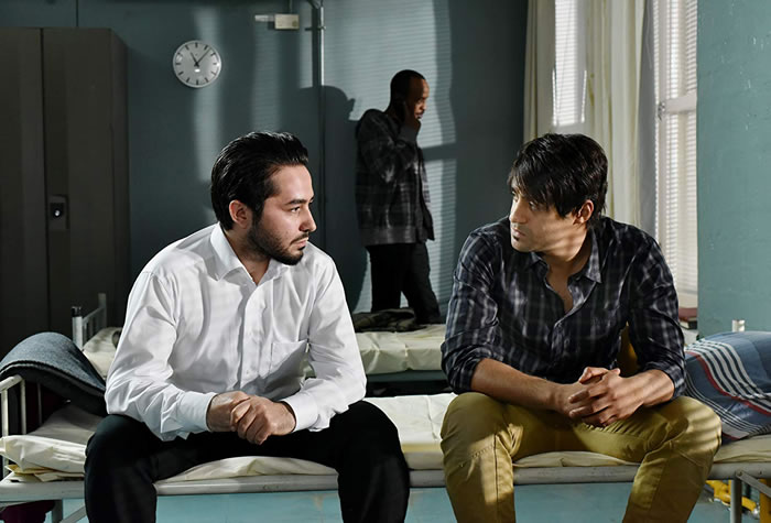 Sherwan Haji, Simon Al-Bazoon Η άλλη όψη της ελπίδας